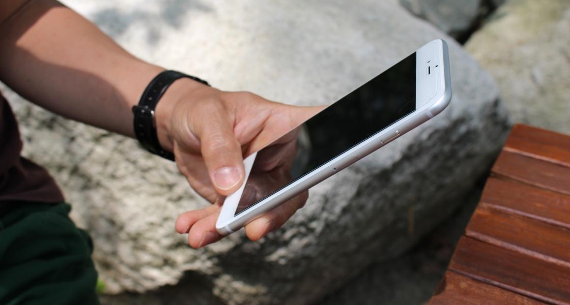 20代男性が愛用している便利アプリ|スマホ依存を無理なく解決