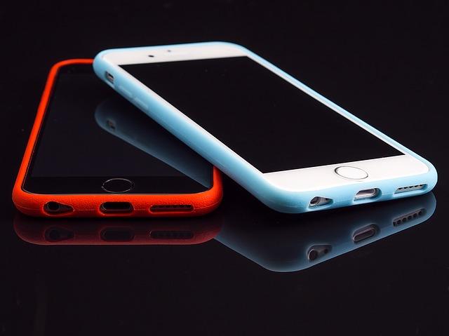 スマホの強制終了・再起動の方法|iPhone/Androidの各機種ごとに解説