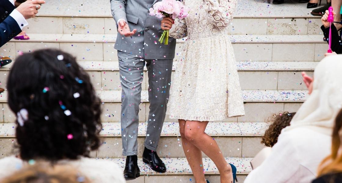 結婚式に最適!人気のおすすめカメラアプリ【Android/iPhone対応】