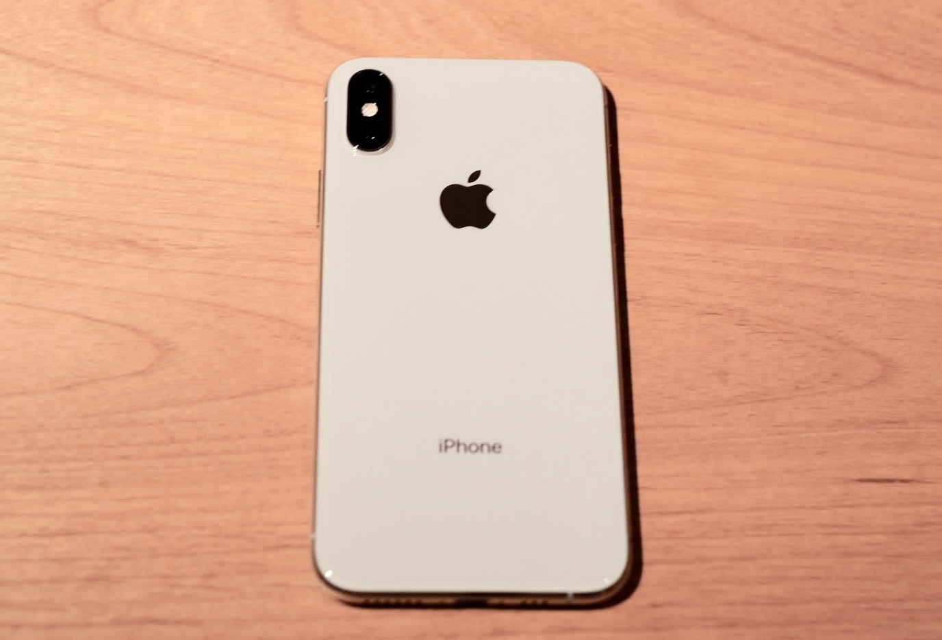 iPhone XSの背面