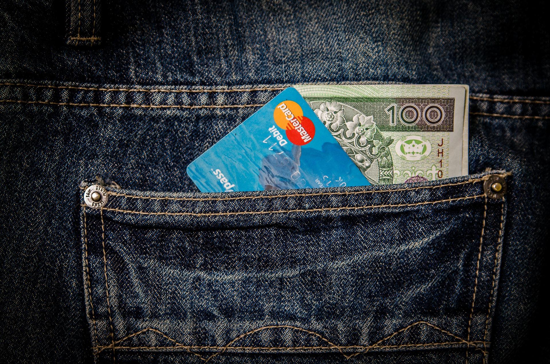 credit-card-cash
