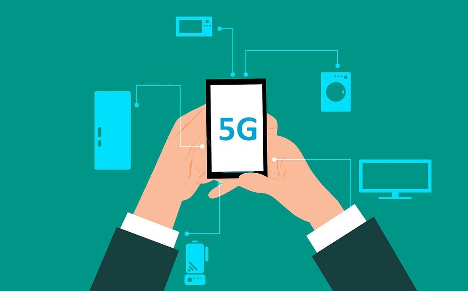 5G(次世代移動通信)回線て何?いつから始まって、何がどう変わるの?