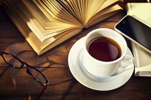 読書とスマホとコーヒー