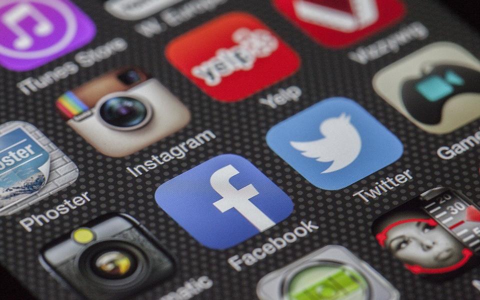 モバイルデータ通信とはそもそも何?用語解説とオフにして変わること
