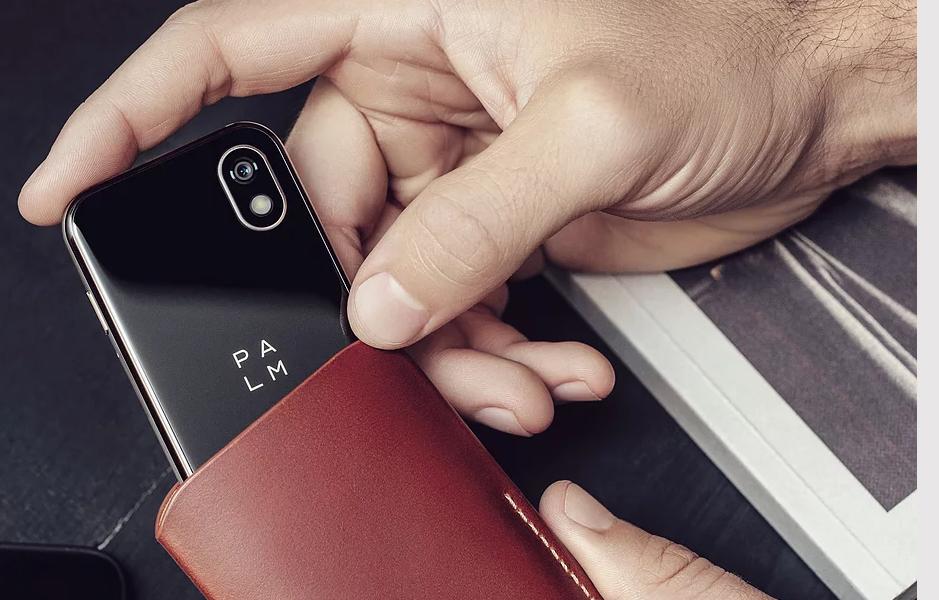 Palm Phone驚異の3.3インチスマホ !小さいけどスペックと価格は?