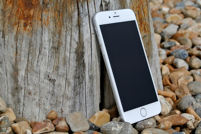 iphone-6-458159_640-1