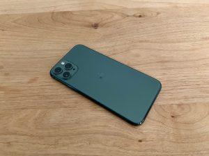 iPhone11Proミッドナイトグリーン