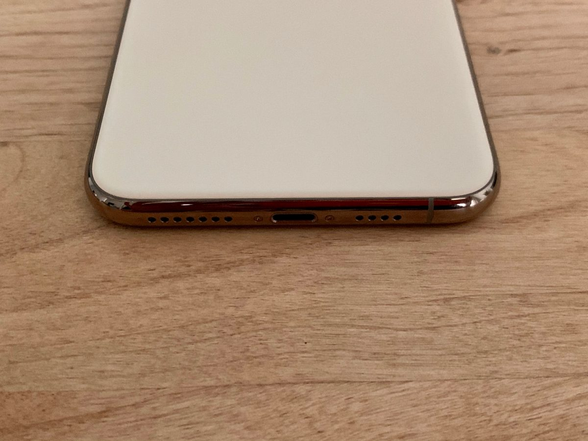 iPhone11ProMAX端子