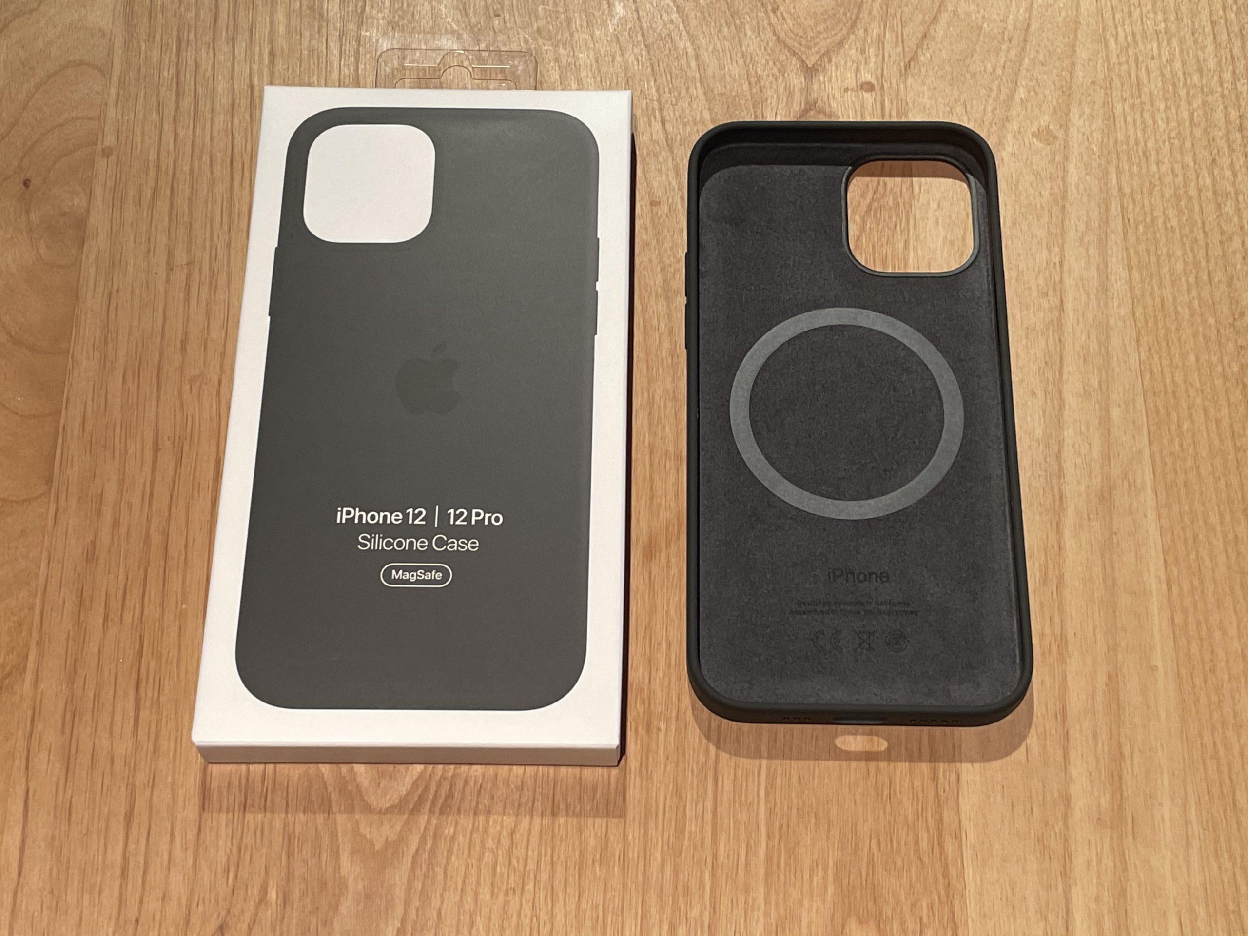 iPhone12 純正ケース