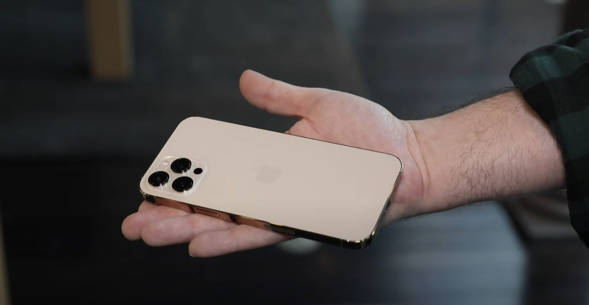 iphone12-pro-max-cnet