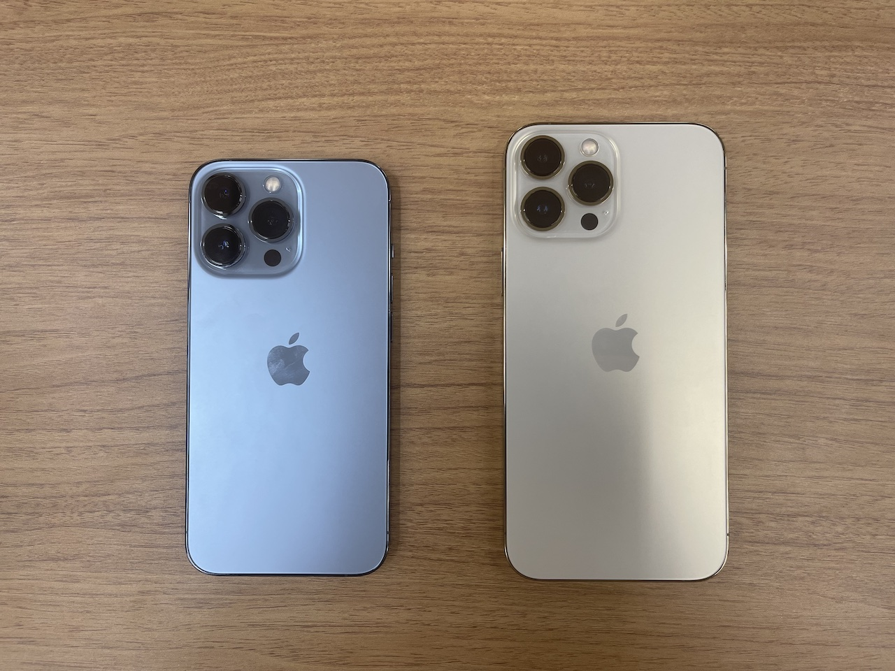 iPhone 13 ProとiPhone 13 Pro Max